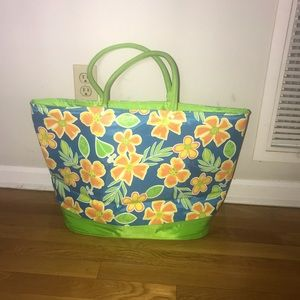 BRAND NEW-Oversized insulated bag
